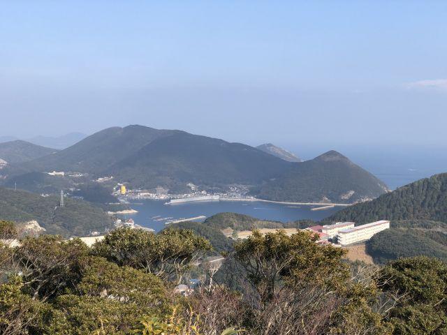 清水山から小浦を望む