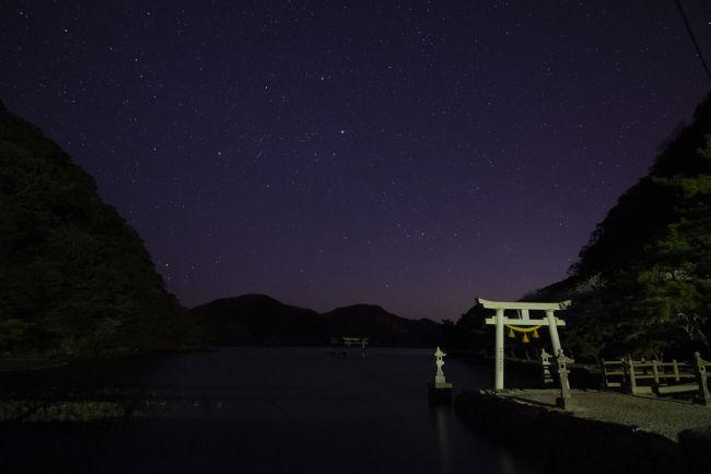 和多都美神社夜景01_small650.jpg