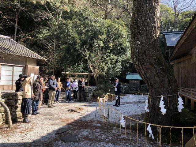 対馬楽・神社2