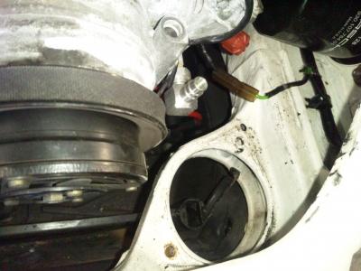 964エンジンマウントボディ側