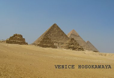 3pyramids