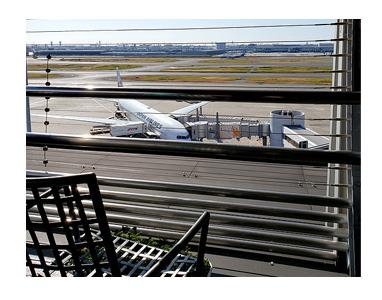博多 福岡 食 旅 空港 羽田 弁当 外 眺 飛行機 展望 席 かしわめし 鯖 まんが 漫画 マンガ