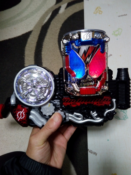 仮面ライダービルド DXラビットタンクスパークリング
