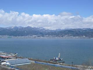雄大な諏訪湖、久米田池より大きいですw