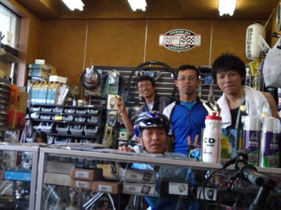 sakatani滝谷駅前店にて