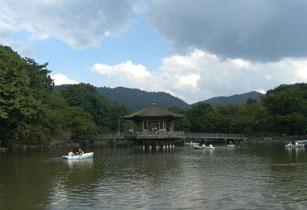 奈良公園浮見堂