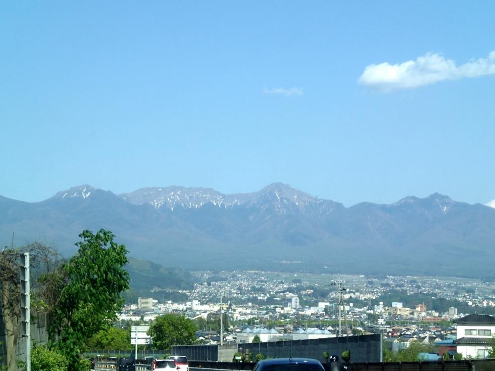 P5050086中央道から八ヶ岳.JPG