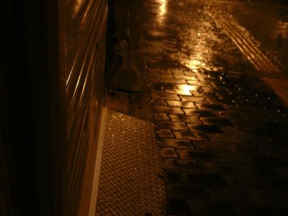 雨と傘とツイてない日08