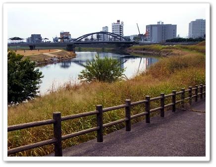 くま河川敷.JPG