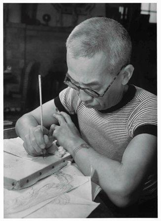 面相筆で線を引くフジタ19411.jpg