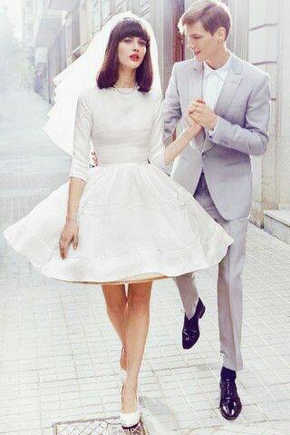 robe de mariée courte à manche