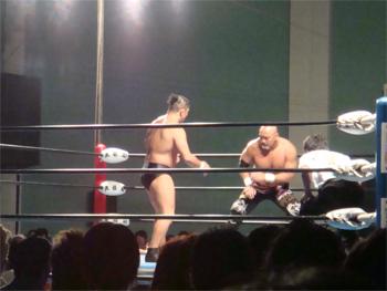 武藤vs鈴木