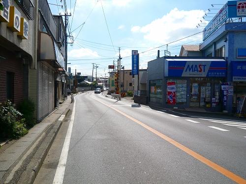 木下街道東武野田線馬込沢駅踏切直進