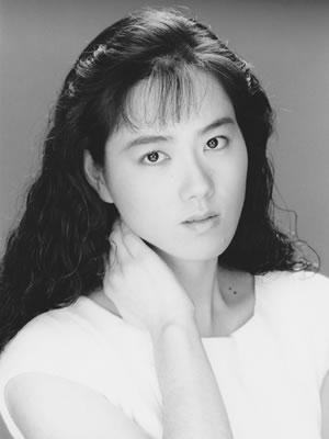 太田万砂子(大沢麻湖時代宣材25歳)