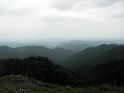 岩葺石山山頂からの眺望。