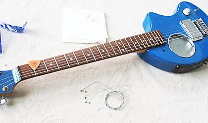 ZO-3の弦の張替え
