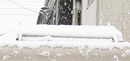 100WDIYソーラーにも積雪