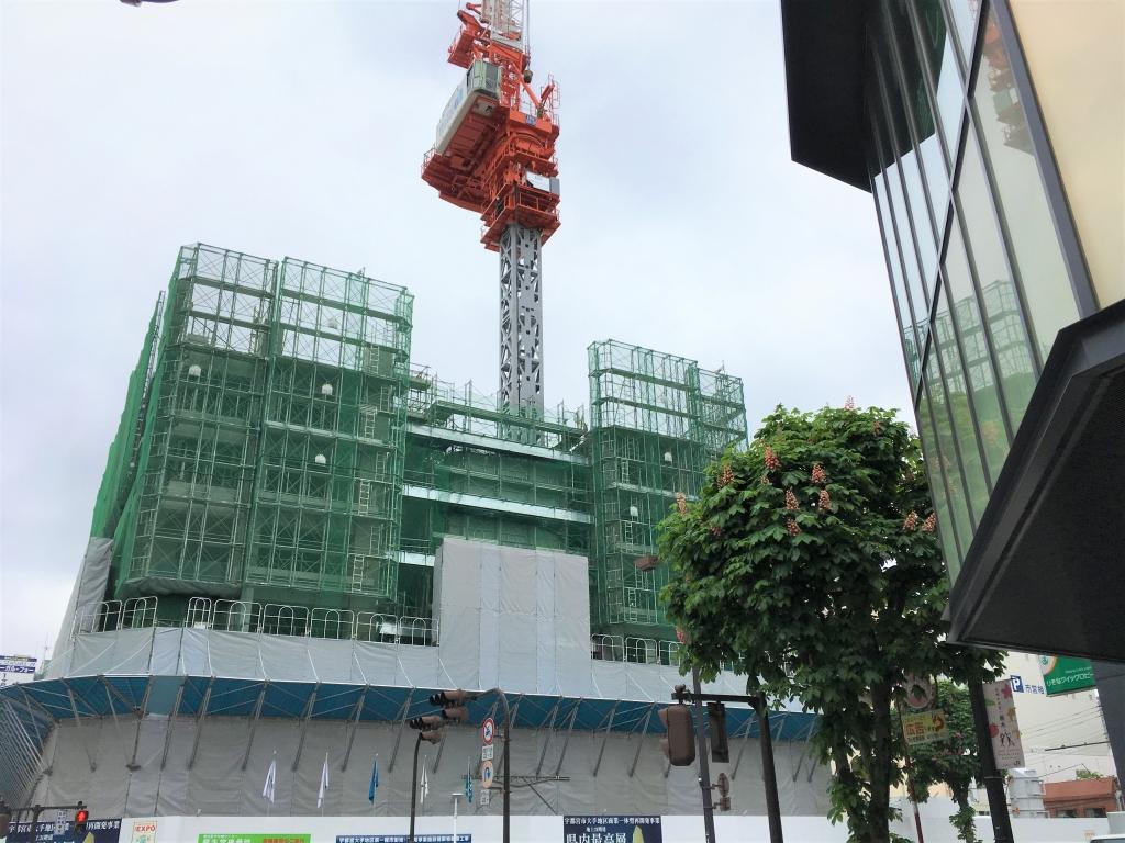 20170515_高層棟躯体工事_タワークレーンクライミング.JPG