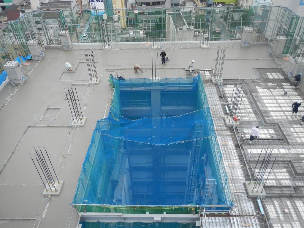 20170627_高層棟10階_10階床スラブCON打設作業.JPG