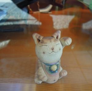 吉村洋傘店 土の招き猫