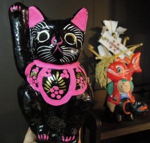 岩本工房の招き猫 高崎の張り子