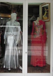 ミドリヤさん ドレス