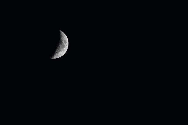 新月の瞑想