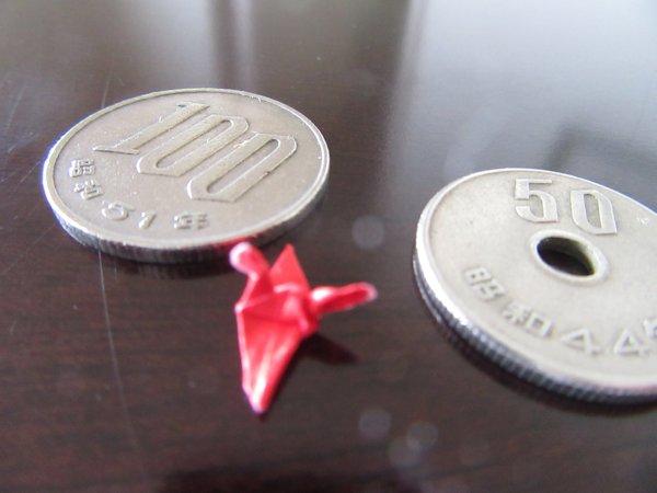 折り紙、小さい鶴