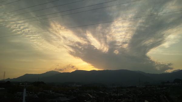 滋賀の空.jpg