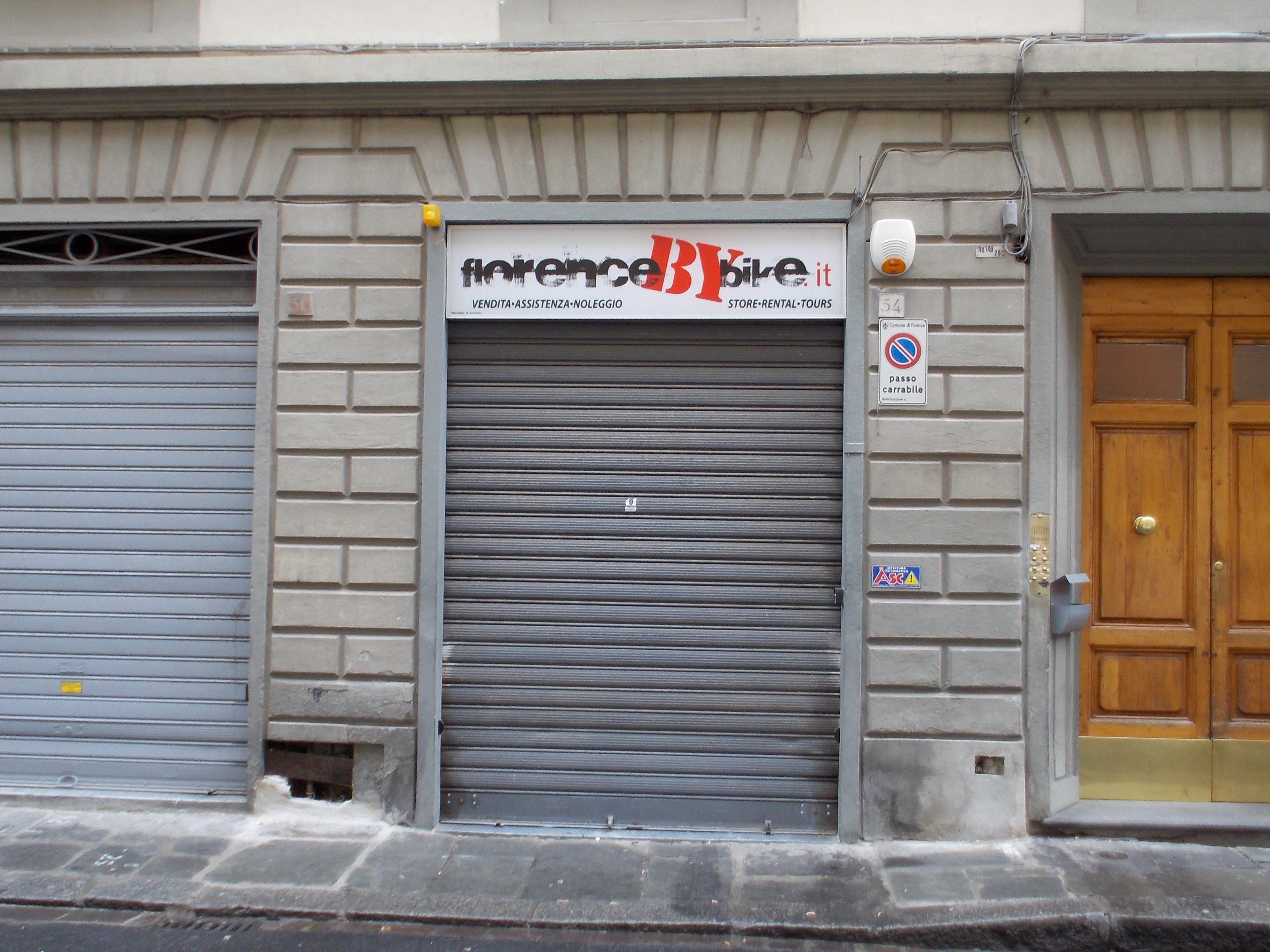 フィレンツェの自転車店.JPG
