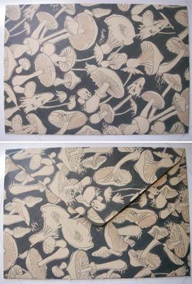 デイジーストアオリジナル封筒(黒キノコ)