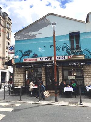 クリニャンクールの魚介レストラン