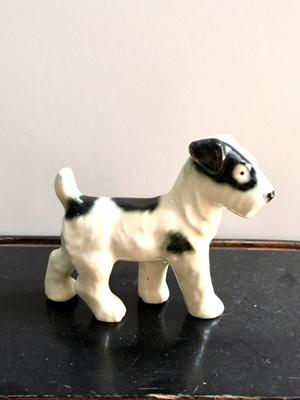 ヴィンテージの犬のオブジェ