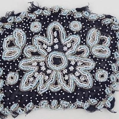 1920'sシードビーズの刺繍パネル