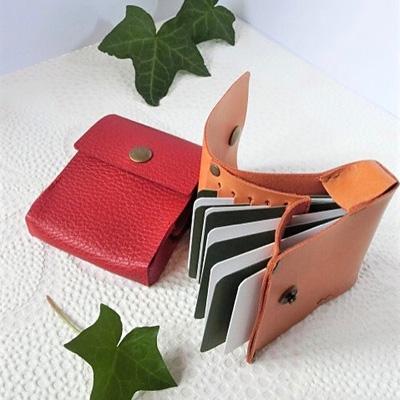MINMIさんの革の財布