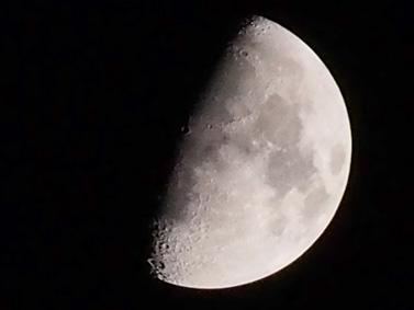 12/27 上弦の月