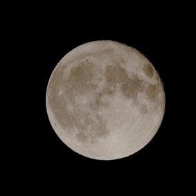 16日(十六夜)月