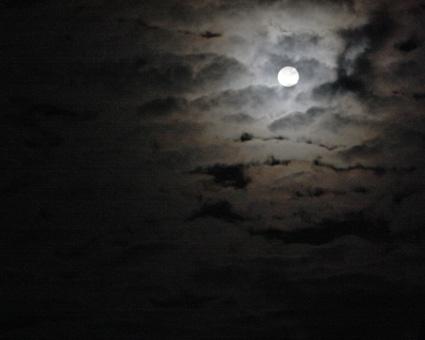 3日5:00早朝満月