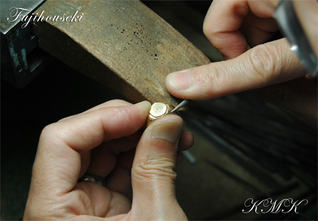 kmk011-2.jpg