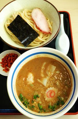 大勝軒 てつの「濃厚牡丹海老のつけ麺」(12/16(土)17(日)・1日50食限定)・・・