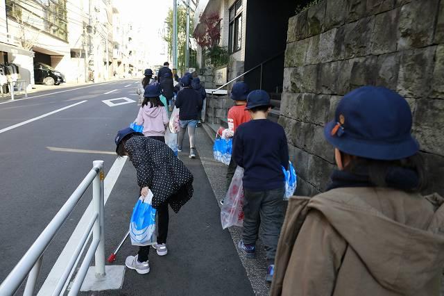 千駄谷小学校ゴミ拾い190117  (30).jpg
