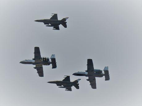 A-10, F-16