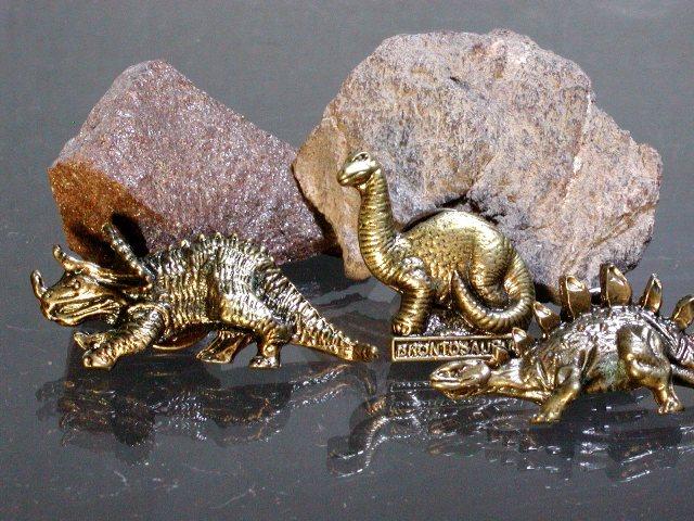 恐竜の骨化石