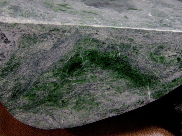 糸魚川産ネフライト原石