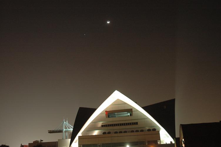 110207水族館と月・木星(maeda)