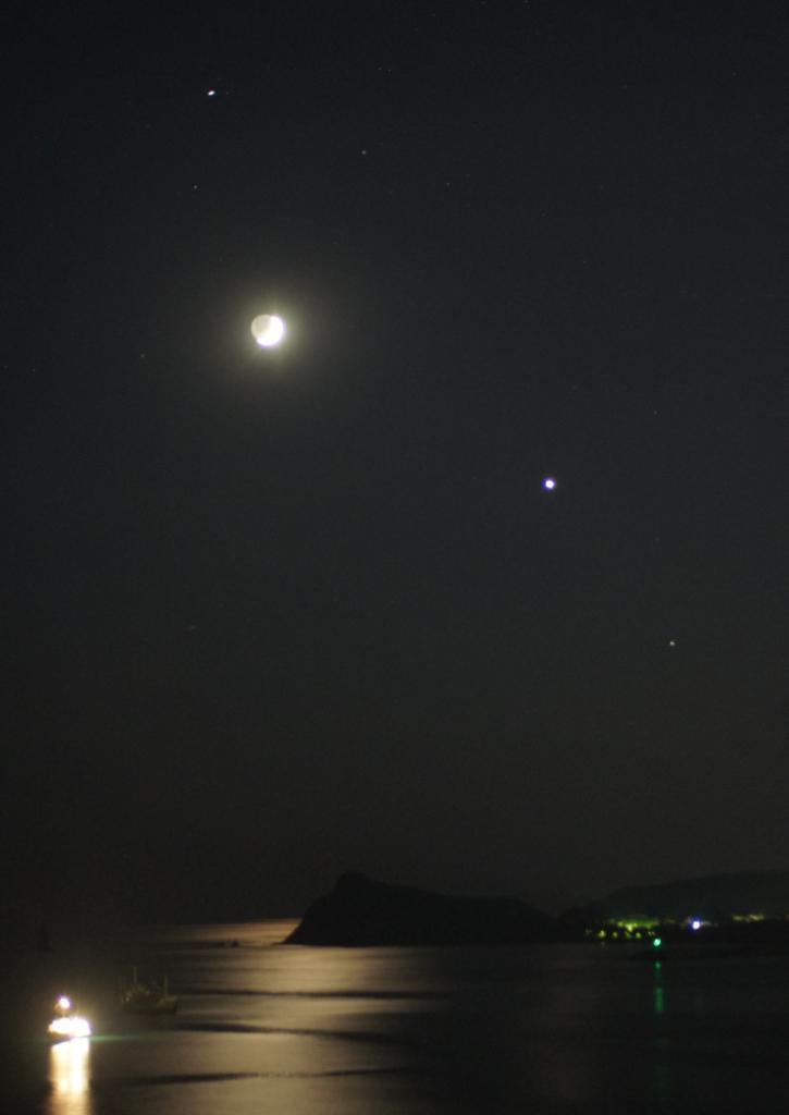 130909月と金星,土星08064(kuwahara)