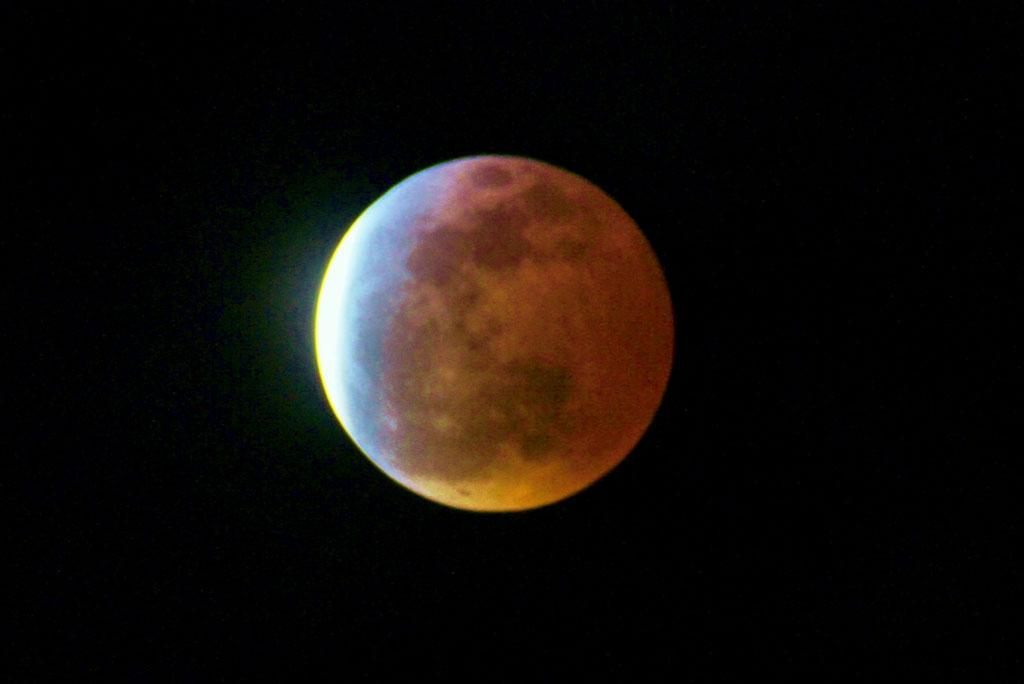 150404皆既月食ブルーバンド(kuwahara)
