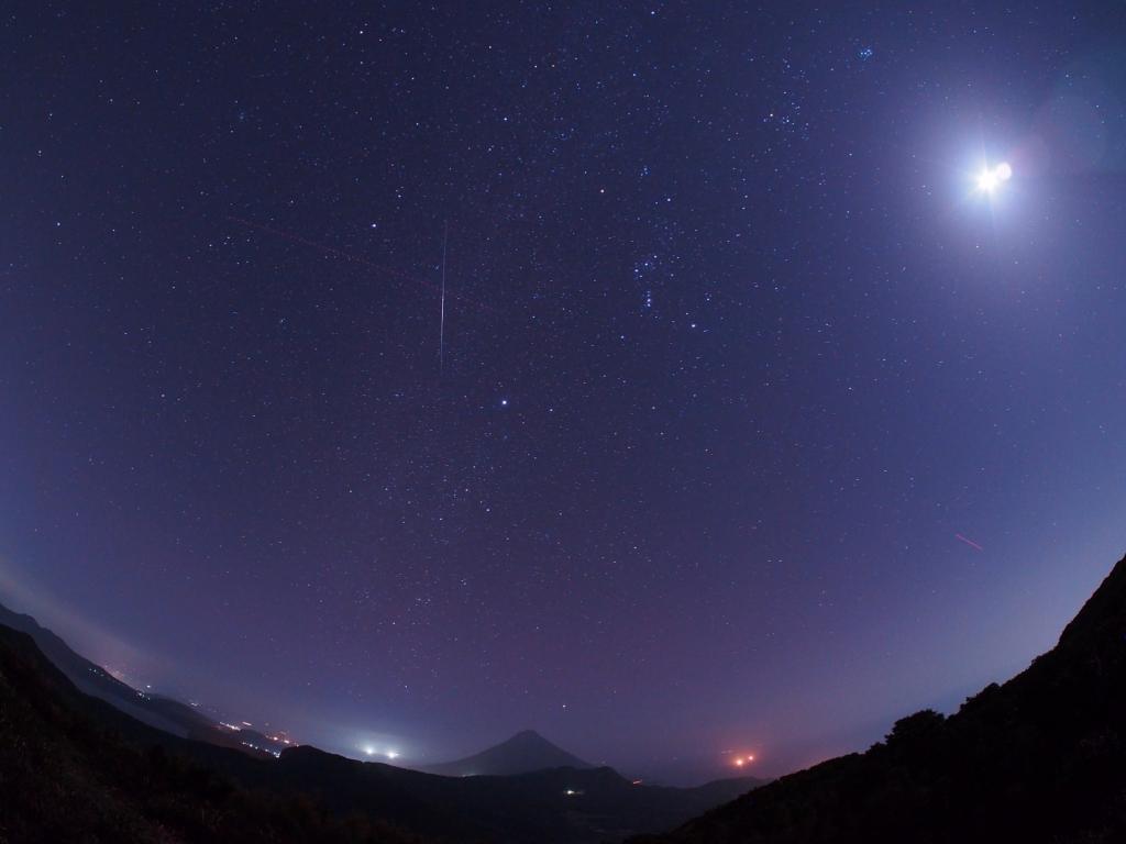 170303開聞岳と冬の星座・流星(karan)