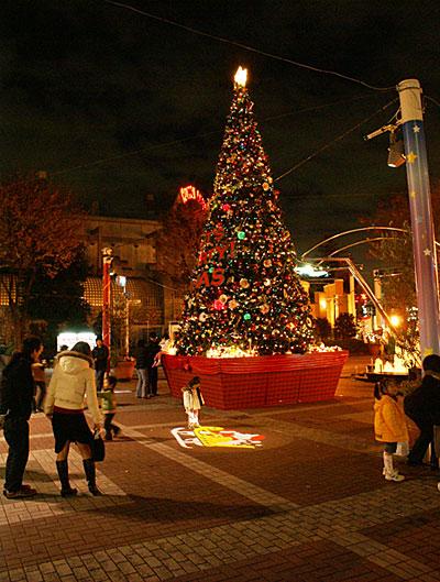 コルトンプラザ,クリスマスツリー2006