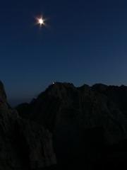 北穂とお月様